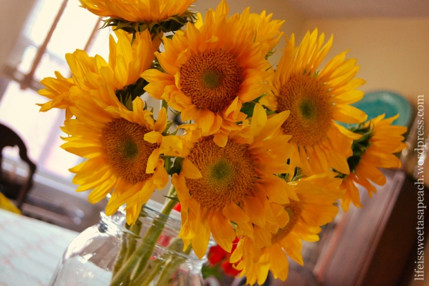 Sunflowers-Mason-Jar-01