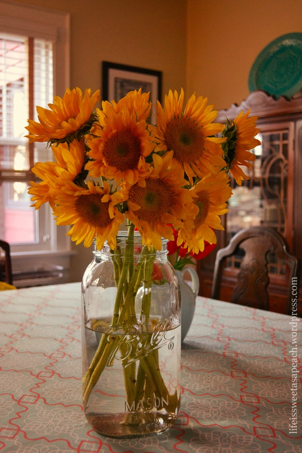 Sunflowers-Mason-Jar-02