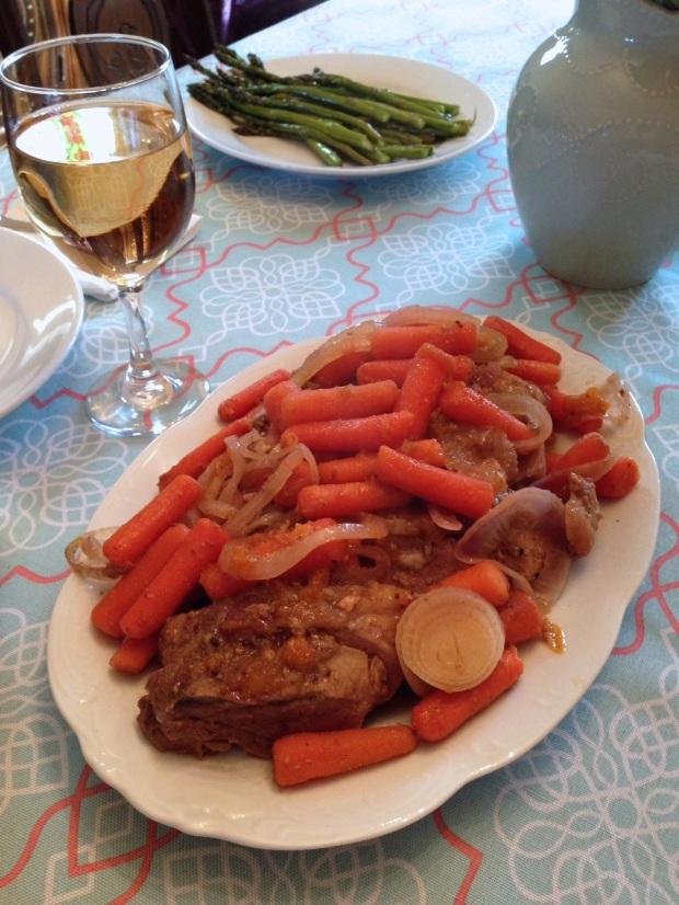 Slow cooker apricot glazed pork tenderloin