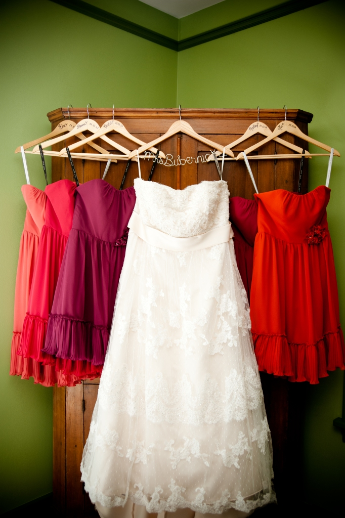 wedding-dress-and-bridesmaid-dresses-photo
