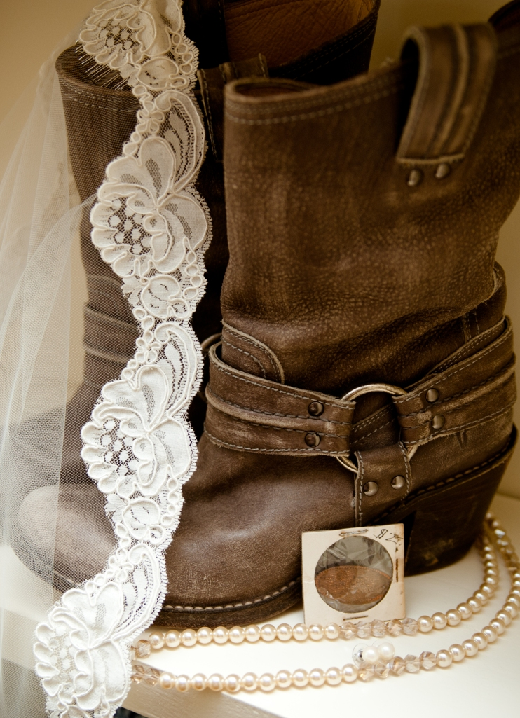 Cowboy-boots-wedding-lucky-penny-pearls-lace-veil