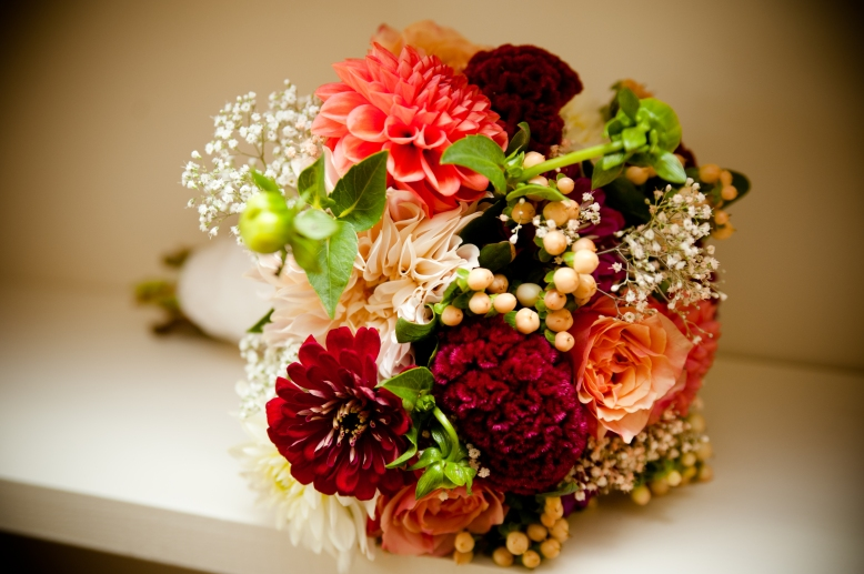 dahlia-rose-autumn-wedding-bouquet