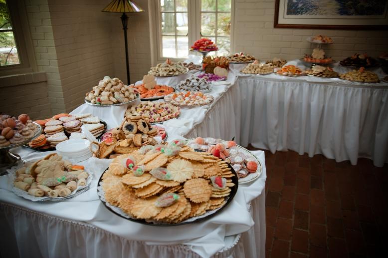 pennsylvania-wedding-cookie-table