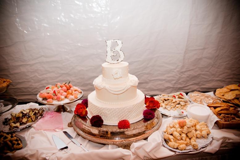 white wedding cake pennsylvania cookie table