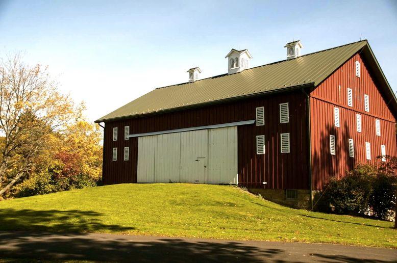 succop conservancy barn wedding