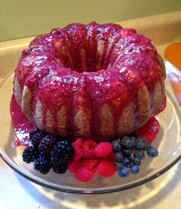 Berry Vanilla Bundt Cake, 4th of July Cake