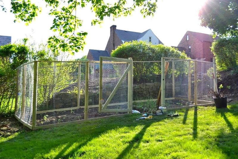 how to keep deer out of your garden. Build Your Own Garden Fence | Life Is Sweet As A Peach How To Keep Deer Out Of L
