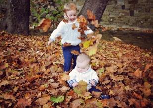 Mingo Creek Fall Family Photoshoot | Life Is Sweet As A Peach
